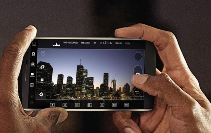 LGV10-Phones-3