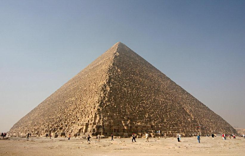 بررسی بزرگترین هرم مصر وجود راهروهای ناشناختهای را در آن نشان داده است