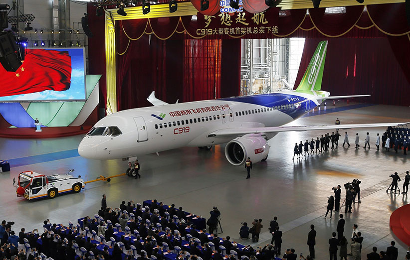 چین اولین هواپیمای مسافربری خودش را ساخت