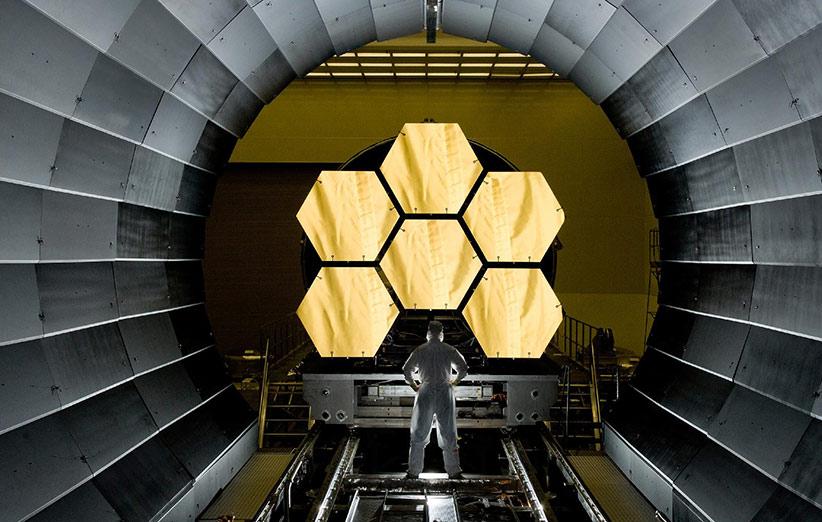 ناسا اولین آینه را روی جایگزین تلسکوپ هابل نصب کرد