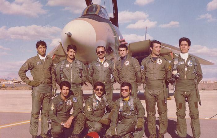 تعدادی از خلبانان ایرانی تامکت در زمان جنگ