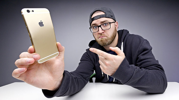 unbox-therapy-6s