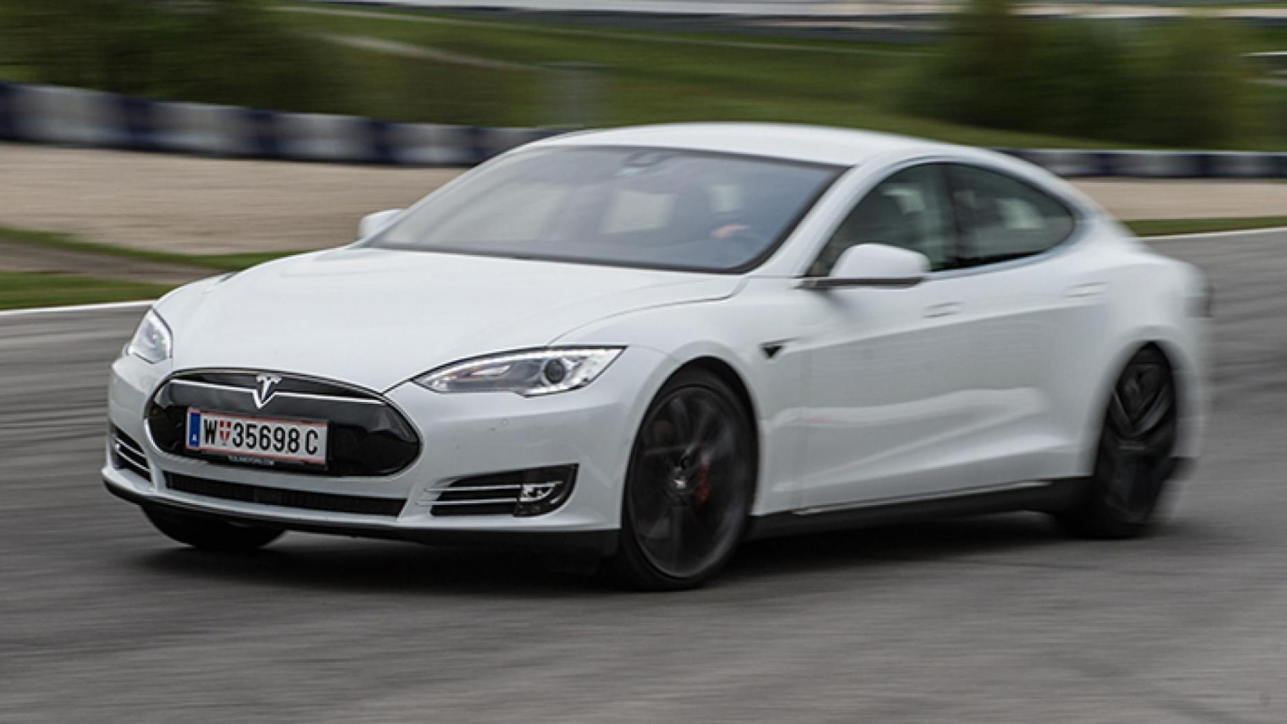 13-Tesla Model S P85D 691bhp, 155mph
