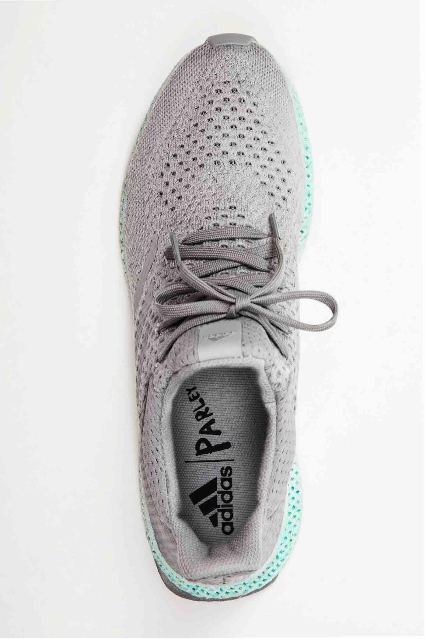 پرینت سه بعدی کفش از پسماندهای دریایی در شرکت آدیداس