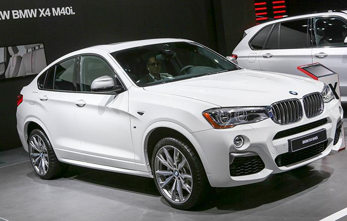 10-BMW-M4