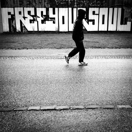 عکاسی خیابانی با دوربین موبایل ۰۴