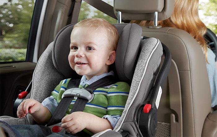 ۰۱ - صندلی خودروی کودک