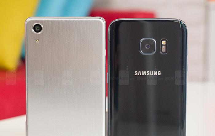 Sony-Xperia-X-Performance-vs-Samsung-Galaxy-S7-010