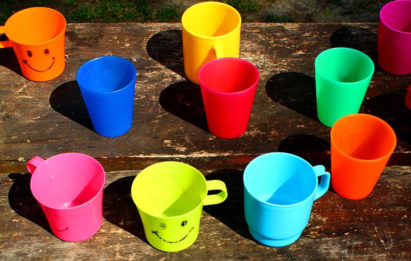 فرانسه با ظروف پلاستیکی خداحافظی کرد