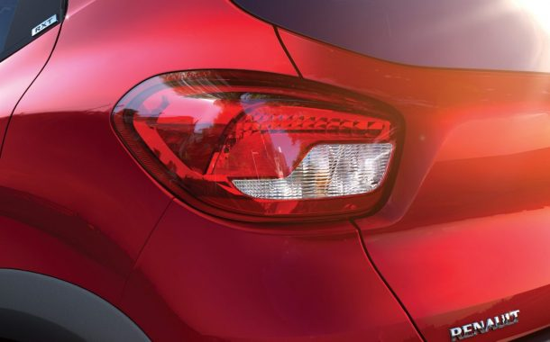 kwid_taillight_shot_06_jpg_ximg_l_12_m_smart