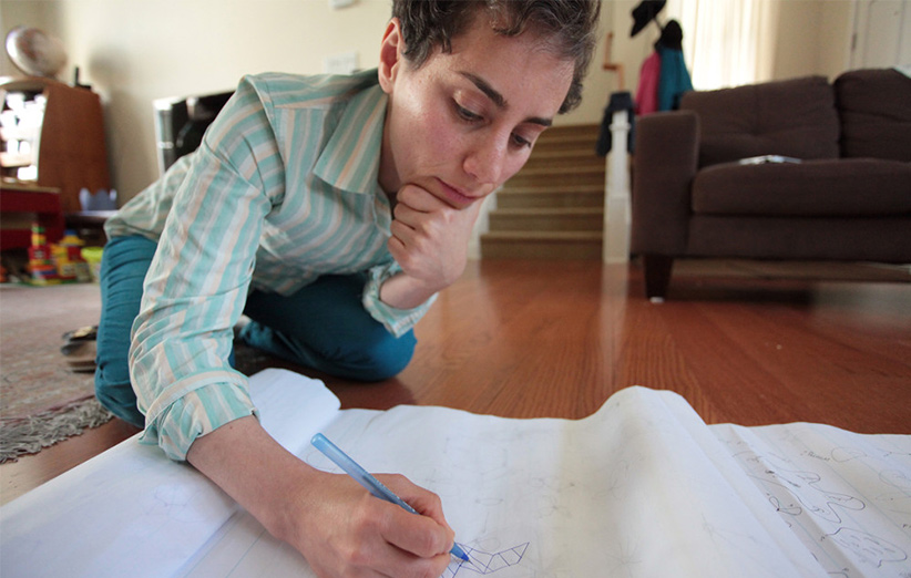 مجله خبری ایشومر Mirzakhani4 مریم میرزاخانی اولین زنی بود که جایزهی فیلدز را از آن خود کرد. داستان موفقیت موفقیت  میرزاخانی مریم فیلدز زن ریاضی جایزهی اولین المپیاد استعداد Ruth Lyttle Satter Peter Scholze CMI