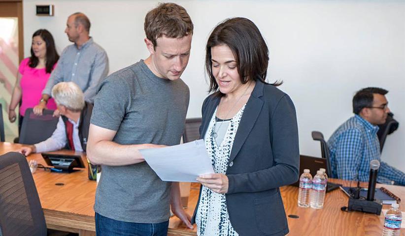 مجله خبری ایشومر Sher10 مدیر عملیاتی و تجاری فیسبوک ،شریل سندبرگ نظام تجاری این شرکت را متحول کرد داستان موفقیت موفقیت  نظام مدیر لری پیج فیسبوک عملیاتی شریل سندبرگ شریل سیلیکون سندبرگ درهی جف بزوس تجاری
