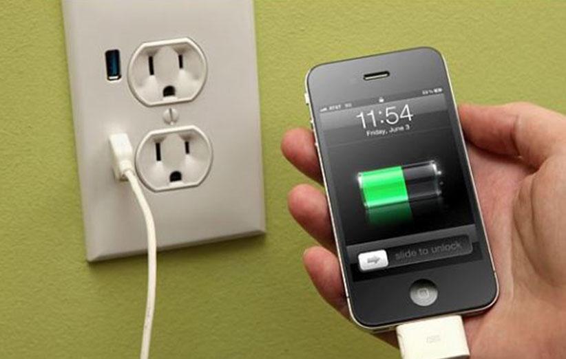 چرا گوشی آیفون شارژ نمی شود