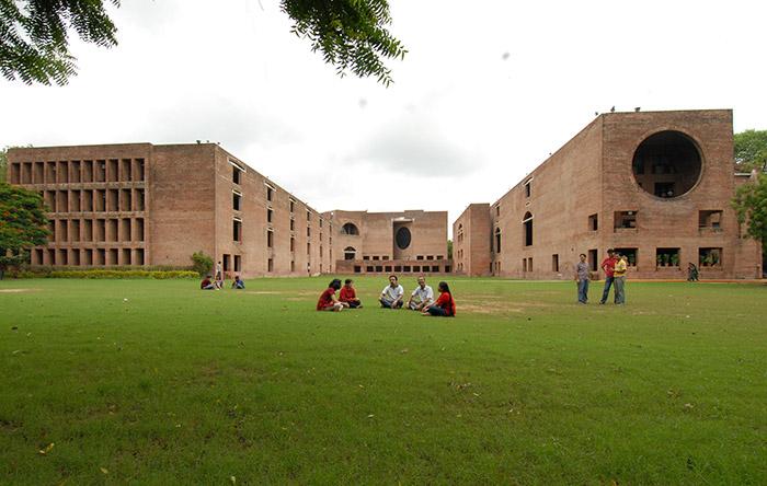 دانشکدهی مدیریت هند در احمدآباد
