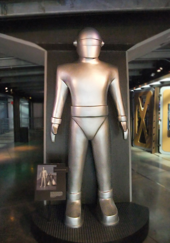 روباتی که در فیلم The Day The Earth Stood Still استفاده شد