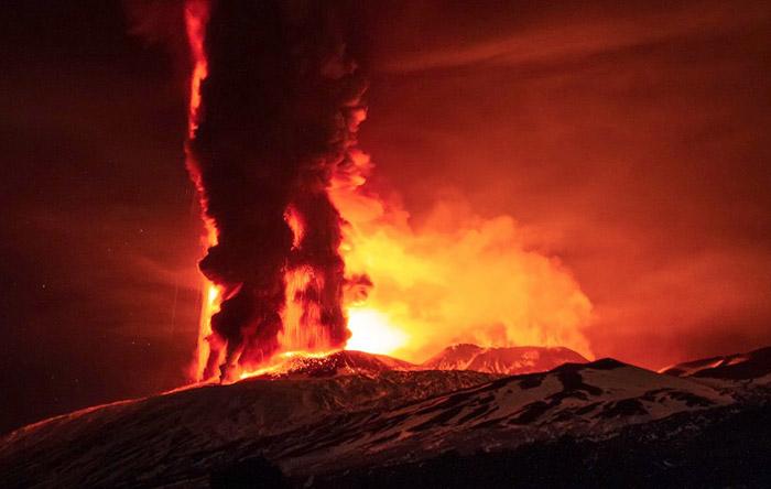 mt-etna-erupt-1200x715