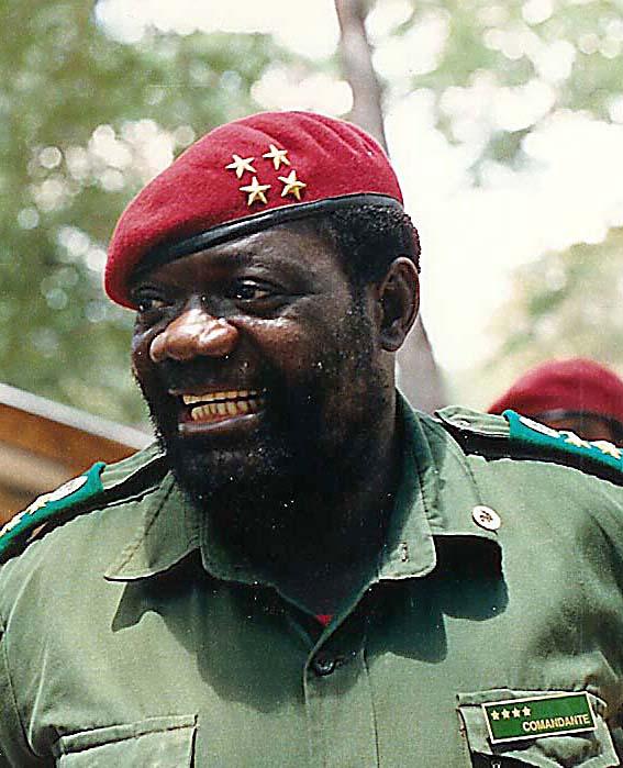 Jonas_Savimbi