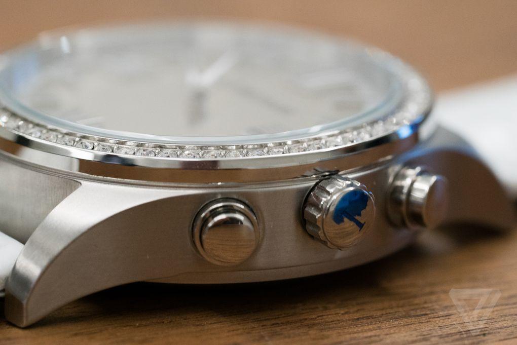 isaac-mizrahi-hp-smartwatch-02752.0