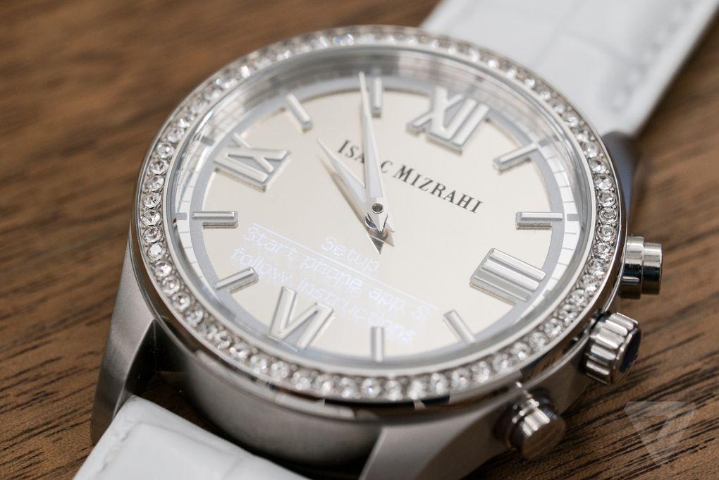 isaac-mizrahi-hp-smartwatch-02760.0