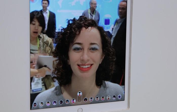 ModiFace smart mirror