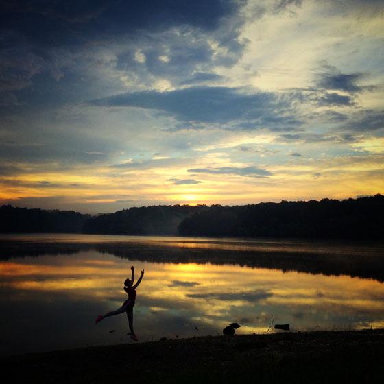 نور در عکاسی موبایل - ساعت آبی