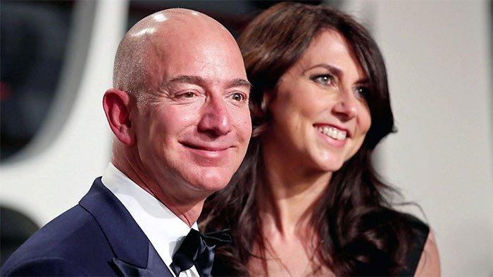 جف بزوس و همسرش