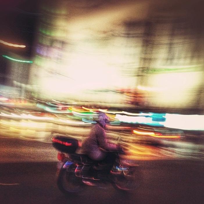 ۰۵ - عکاسی موبایل - تار کردن - Creative Blur