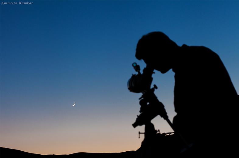 جمعآوری نور، بالا بردن توان تفکیک و بزرگنمایی سه وظیفهی اصلی هر تلسکوپ است.