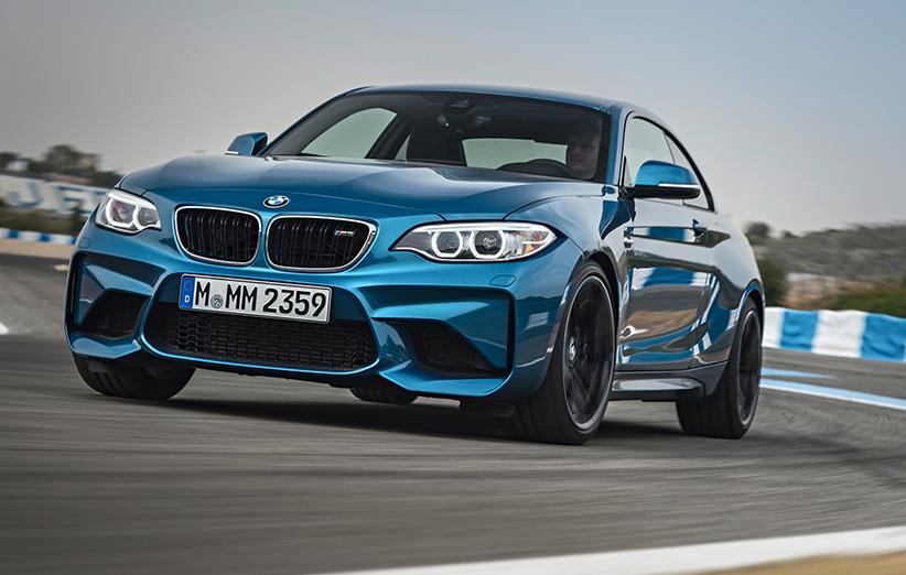 نگاهی به قویترین نسخهی BMW سری ۲ که دنده دستی است