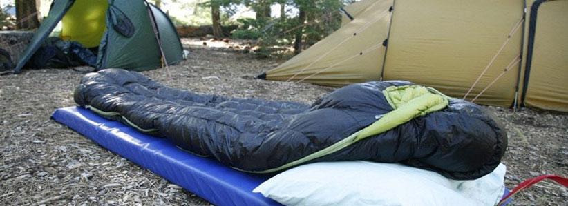 کیسه خواب از وسایل ضروری طبیعتگردی