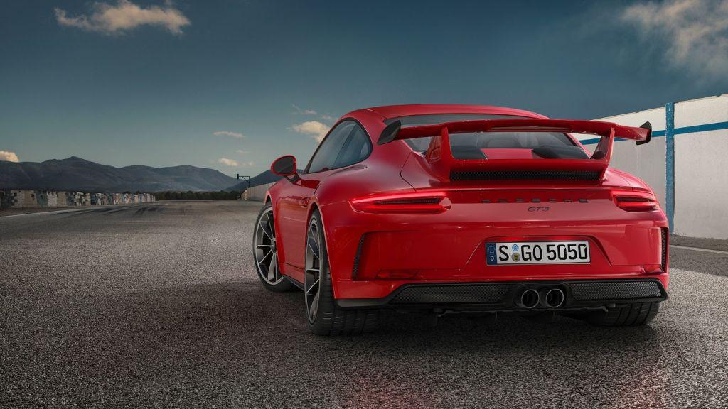 2018-Porsche-911-GT3-2017-Geneva-Motor-Show-5