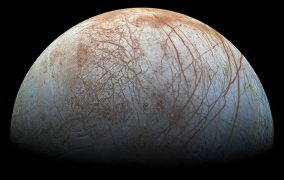 قمر اروپا - فوران آب در قمر مشتری- ناسا