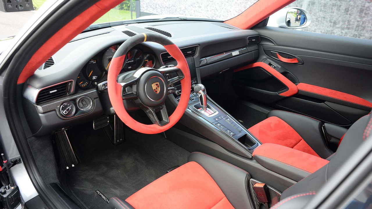 911 gt2 rs. Black Bedroom Furniture Sets. Home Design Ideas