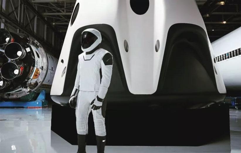 ایلان ماسک دومین تصویر از لباس جدید فضانوردی Space X را منتشر کرد