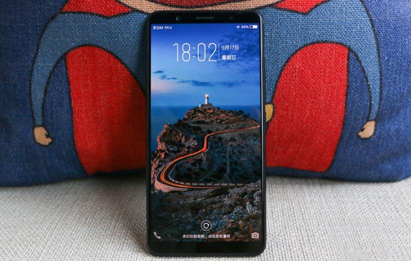 main OnePlus 6 - گوشی وانپلاس ۶ چه شکلی خواهد بود؟ اولین تصویر لو رفته را ببینید