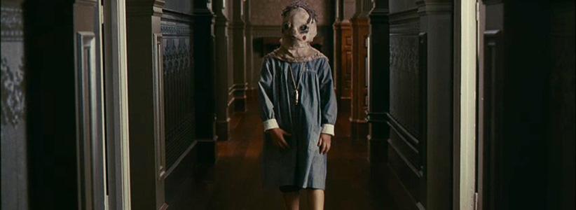 orphanage - بهترین فیلمهای ترسناک در ۲۰ سال گذشته
