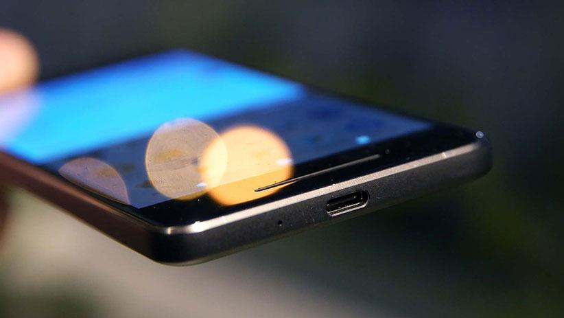 بهترین زمان شارژ گوشی - عمر باتری گوشی موبایل