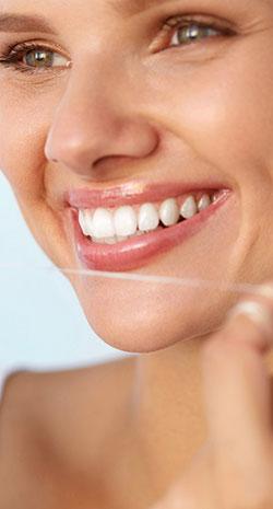 چرا دندانها زرد میشوند؟ نکاتی برای پیشگیری و رفع زردی دندان