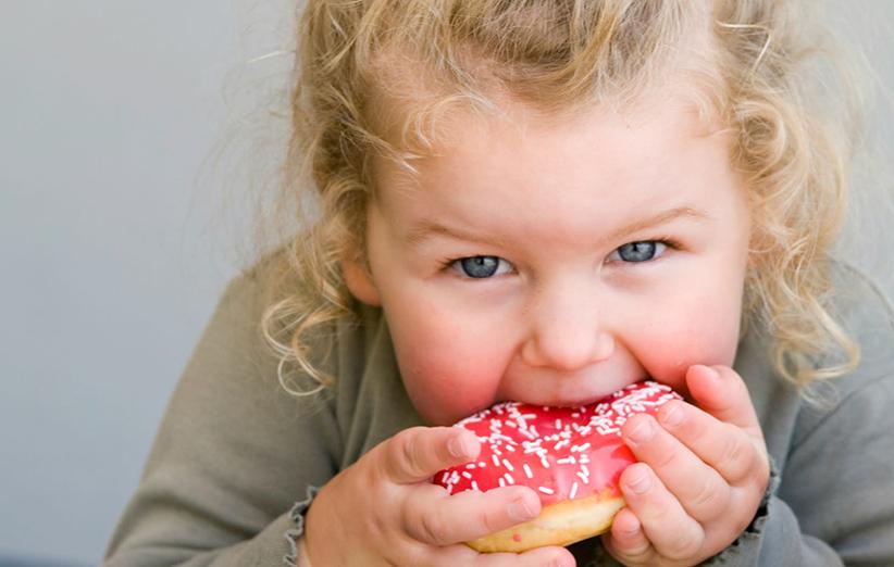 دلایل چاقی کودکان