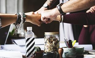 ۹ راهکار برای حفظ سلامتی جسمی و روحی در محیط کار