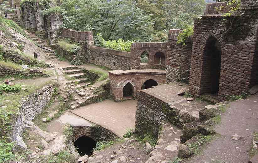 آب انبار قلعه رودخان