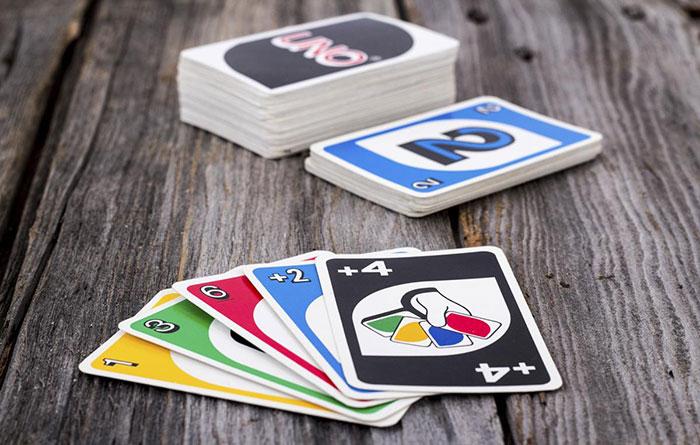 بازی کارتی Uno