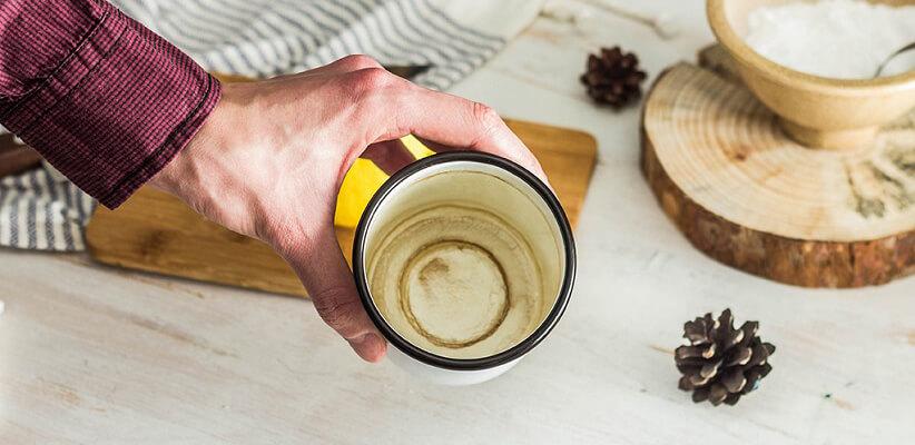 شستن لیوان با جوش شیرین