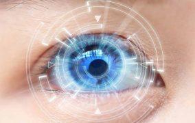 لنز هوشمند با دوبار پلک زدن بزرگنمایی میکند