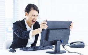 چگونه مشکل کامپیوتر هنگ کرده را برطرف کنیم؟