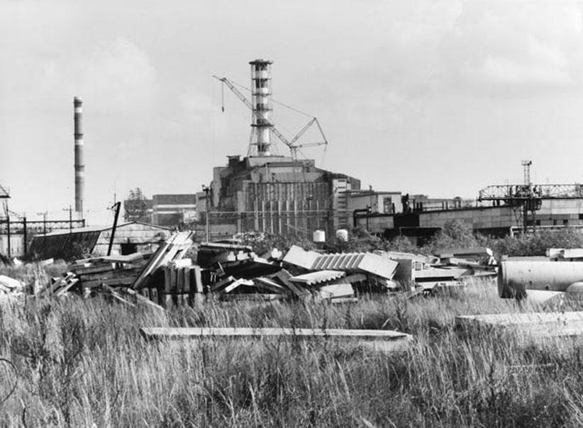 تصاویری از روزهای آغازین حادثه تا به امروز؛ به بهانه فروپاشی لایه محافظتی نیروگاه چرنوبیل