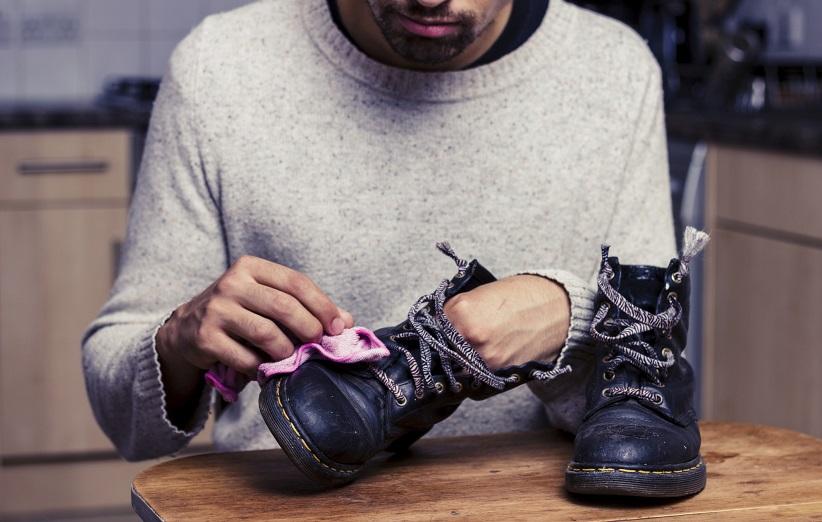 نحوه تمیز کردن کفش