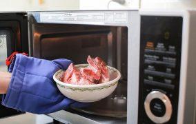 پخت گوشت در مایکروویو
