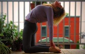 حرکات یوگا برای لاغری شکم و پهلو