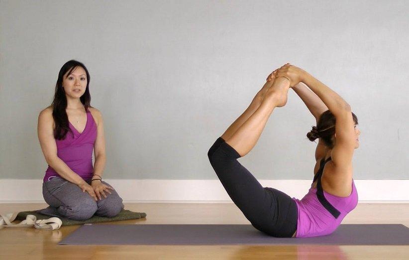 حرکات یوگا برای شکم و پهلو